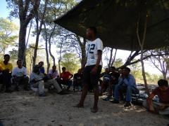 Im Paradise-Camp beim Bibelstudium - Vorstellungsrunde